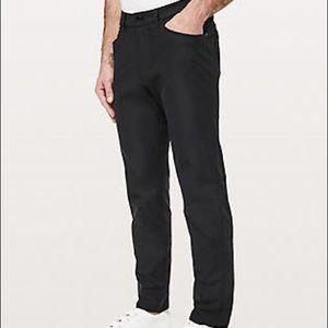 Lululemon Men's Black Pant